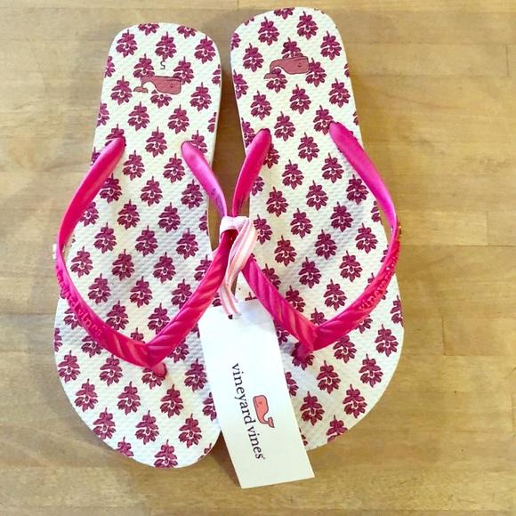 325 Nwt Flip Flops Size 5